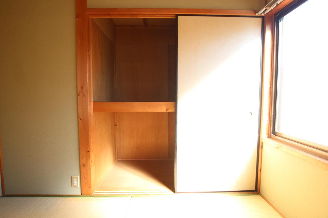 和室4.5帖の押入