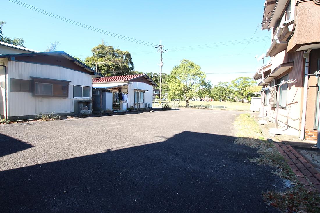 岡ノ下公園駐車場4