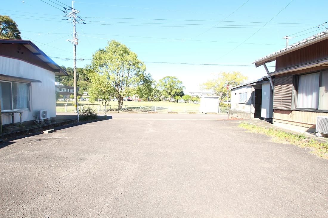 岡ノ下公園駐車場5