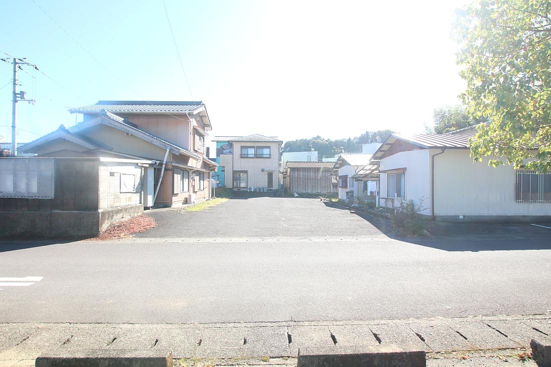 岡ノ下公園駐車場8