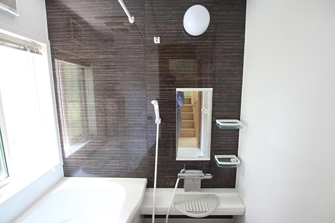 食洗機も付いていて天板も広いです。